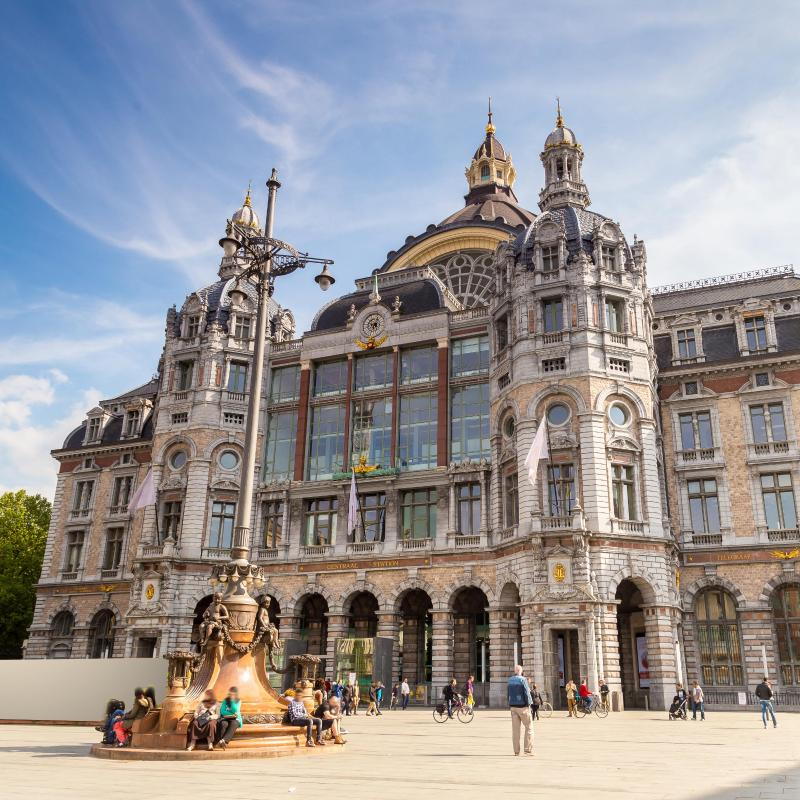 Best 30 hotels cheap places to stay near antwerp for Top design hotels belgium