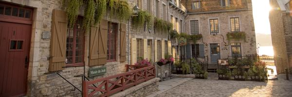 Old Quebec - Lower Town, Quebec City Hotels