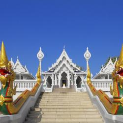 Wat Kaew Korawaram
