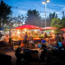 Mercado Nocturno de Fim-de-Semana em Krabi Town