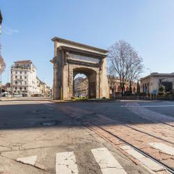 Porta Romana Station