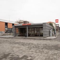 Stazione Metro Pero