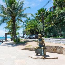 碧姬芭杜海岸(Brigitte Bardot Seashore)