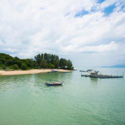 Batu Burok Beach, Kuala Terengganu