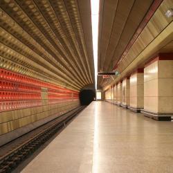 Stasiun Kereta Bawah Tanah Staroměstská