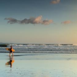 Pantai Double Six