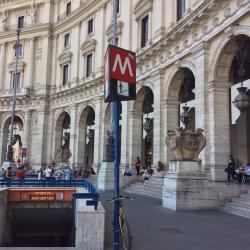 Estación de metro Repubblica - Teatro dell'Opera