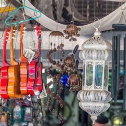 Marché artisanal de Nachalat Benyamin