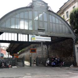 Como Lago Train Station