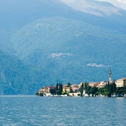 Llac de Como 302 bed and breakfasts