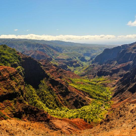 Helicopter tour of the Waimea Canyon State Park