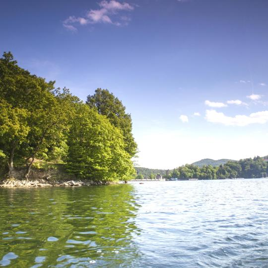 Wassersport und Wandern auf dem Edersee