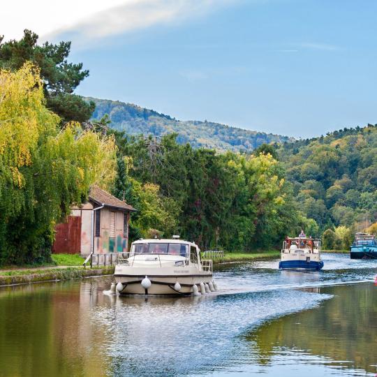 Bootsfahrt auf dem Vogesen-Kanal