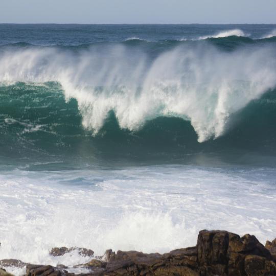 Surf sulla spiaggia di Pantín