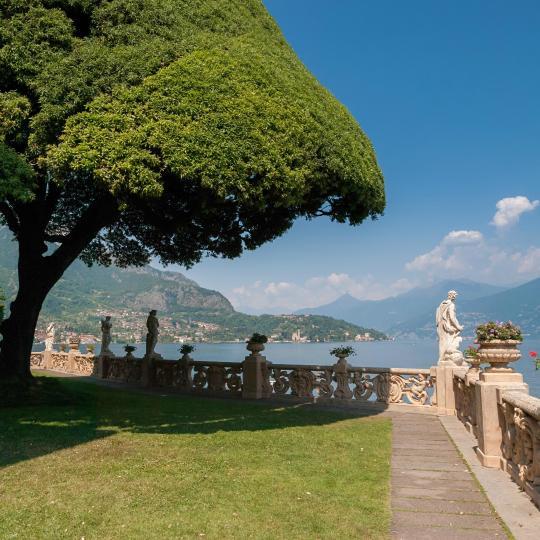Machen Sie eine Zeitreise zur Villa del Balbianello