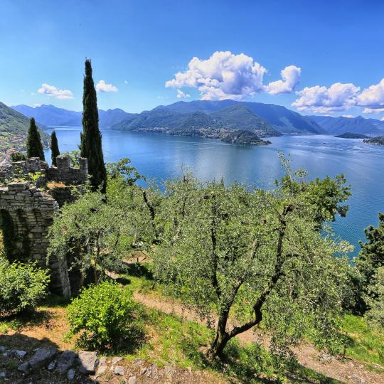 Panorama da sogno dal Sacro Monte di Ossuccio