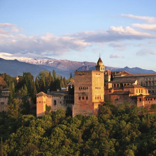 Pemandanga Alhambra dari St Nicholas Viewpoint