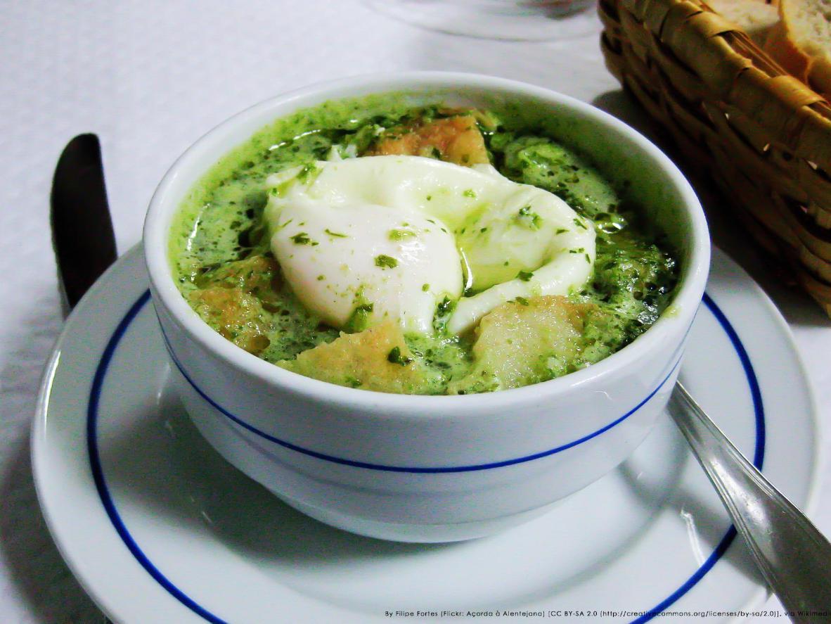 Una sopa para satisfacer todos los antojos de la tierra y el mar.