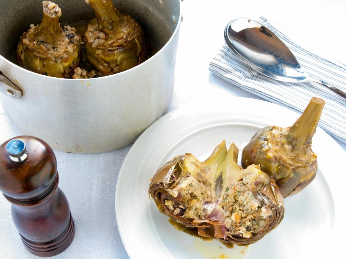Simply prepared artichokes packing in multiple flavours