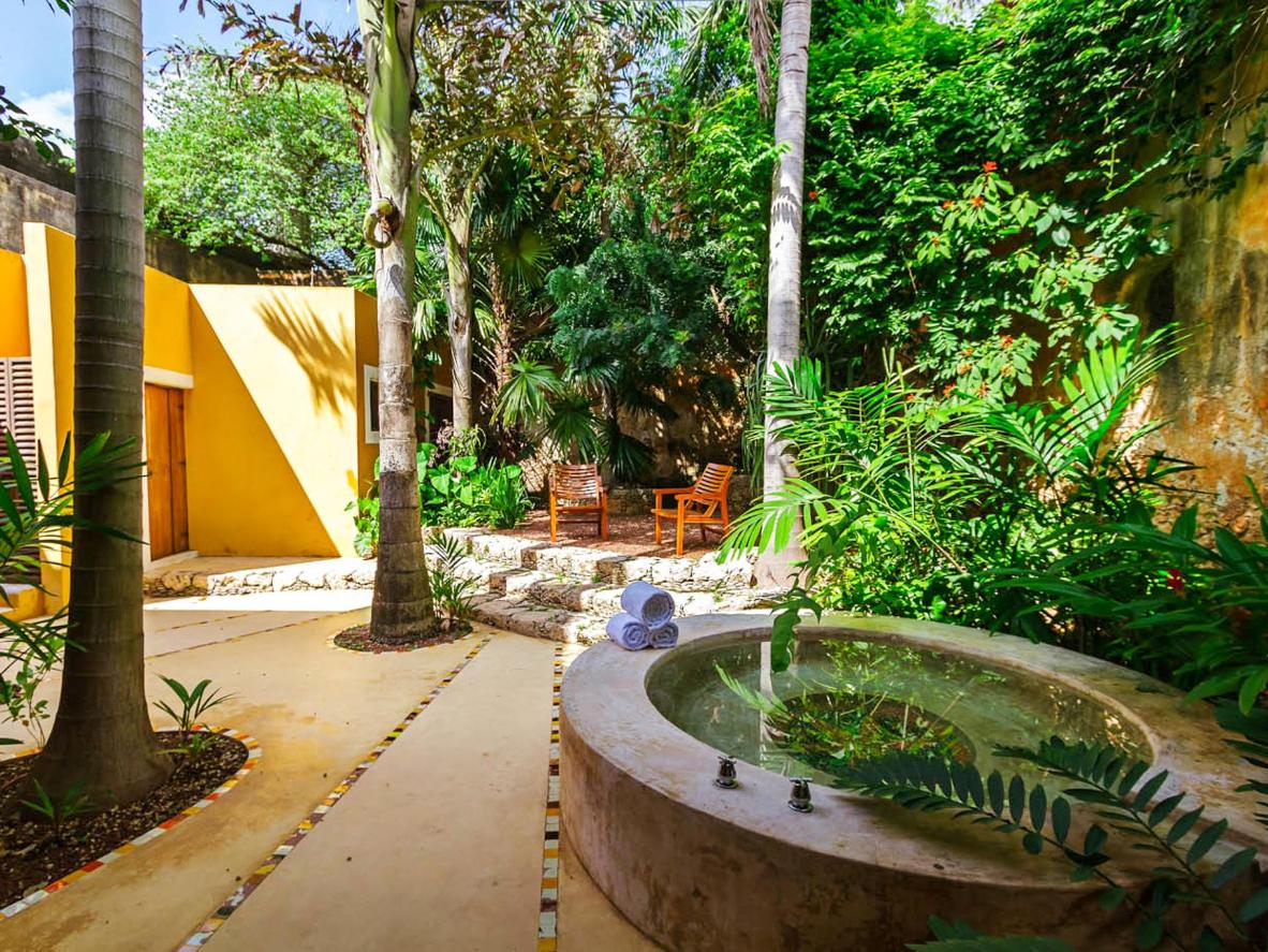 Casa la Hacienda offers the perfect mix of contemporary and Mexican vibes