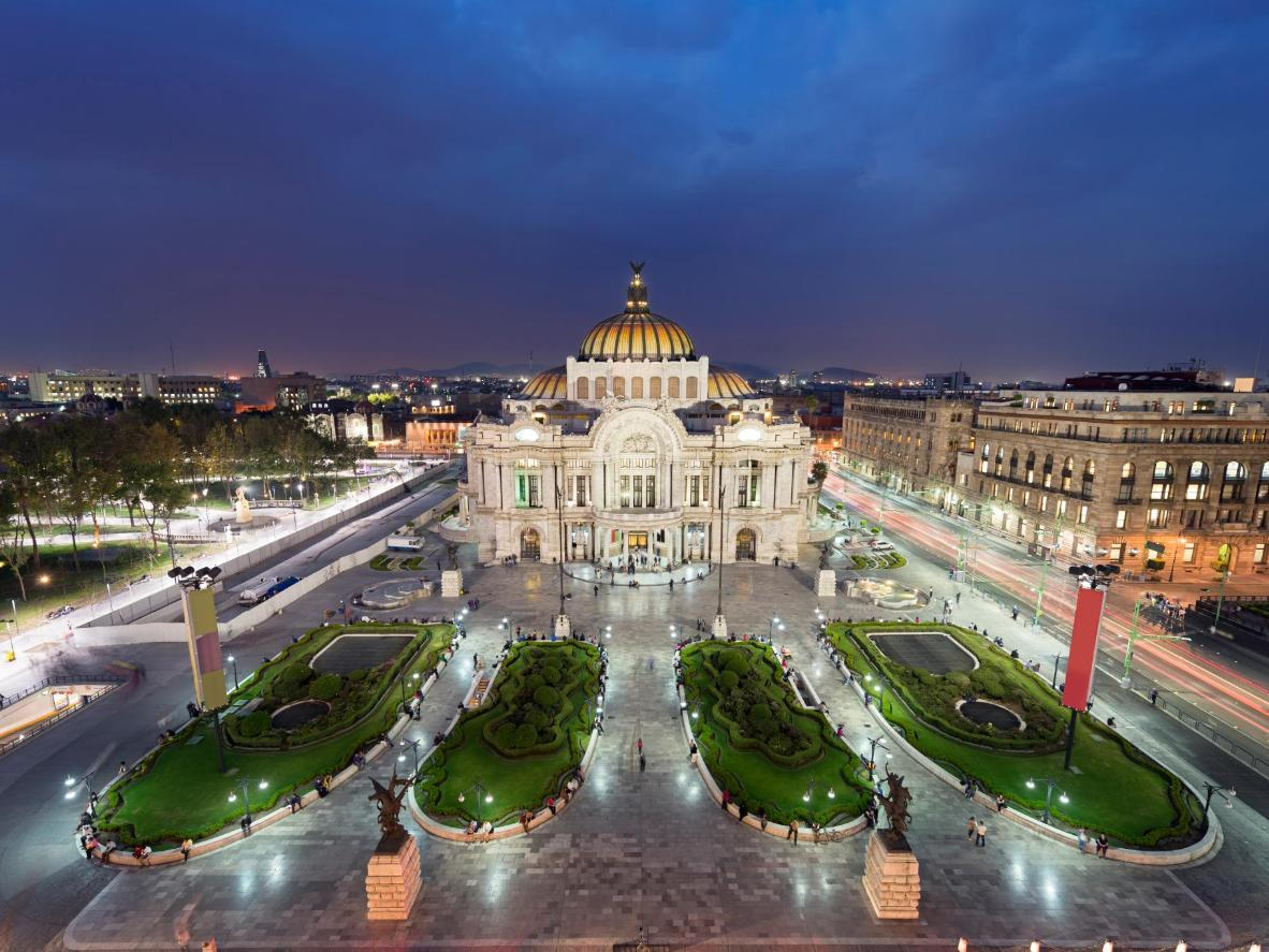 With numerous historical attracts both in and outside the city, Mexico City is a history-lover's treasure trove