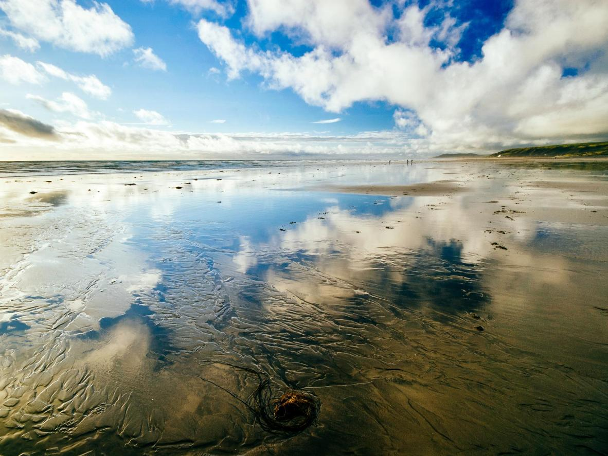 Borth beach is part of a heart-stoppingly beautifu Biosphere reserve