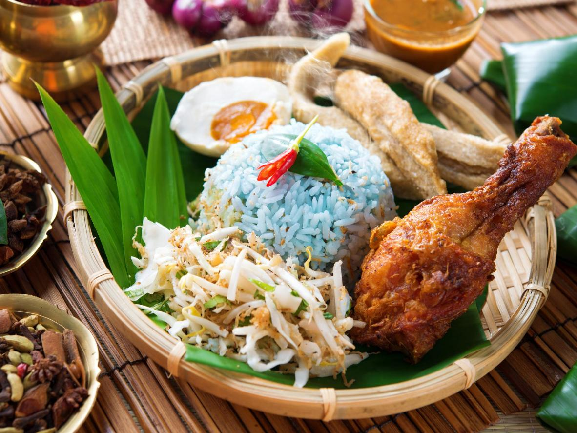 Fried chicken and rice, Malaysian-Chinese style