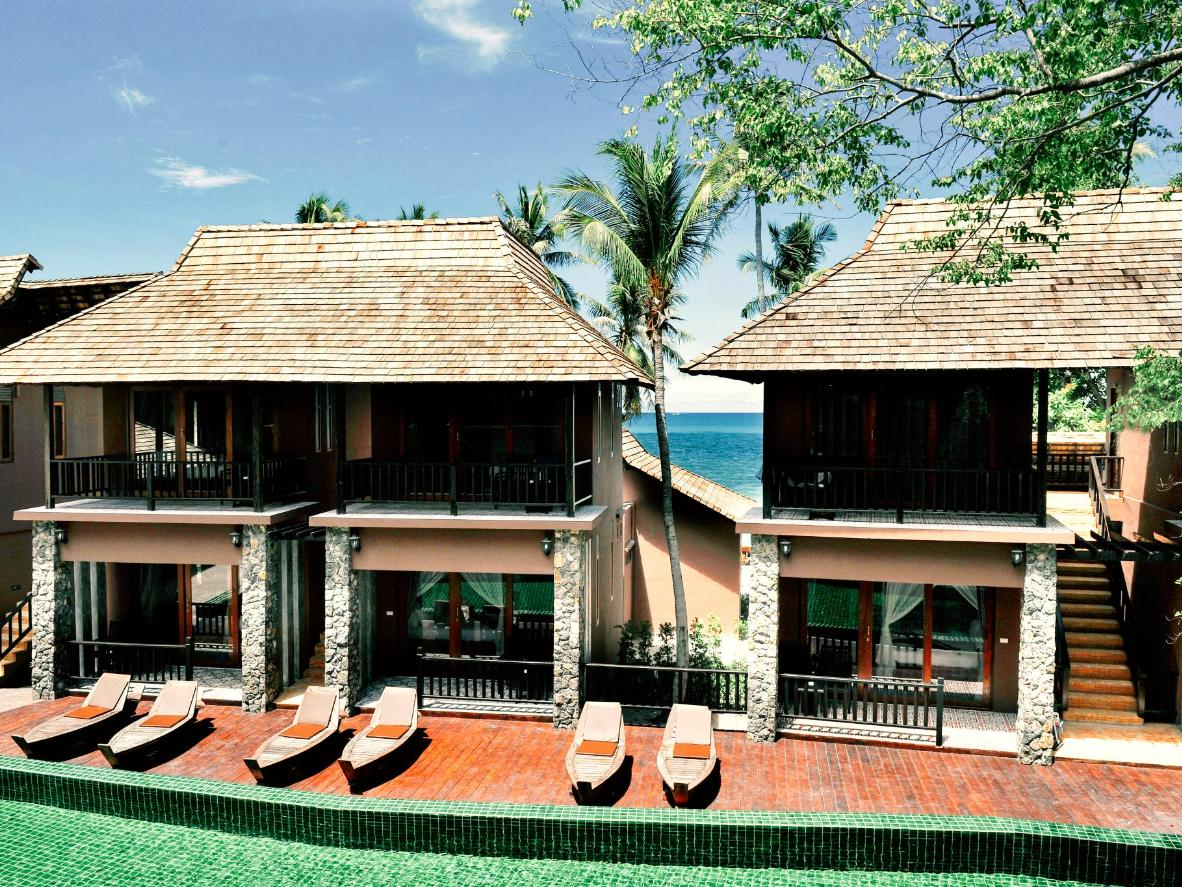 Koh Tao Beach Club offers a beautiful on-site pool