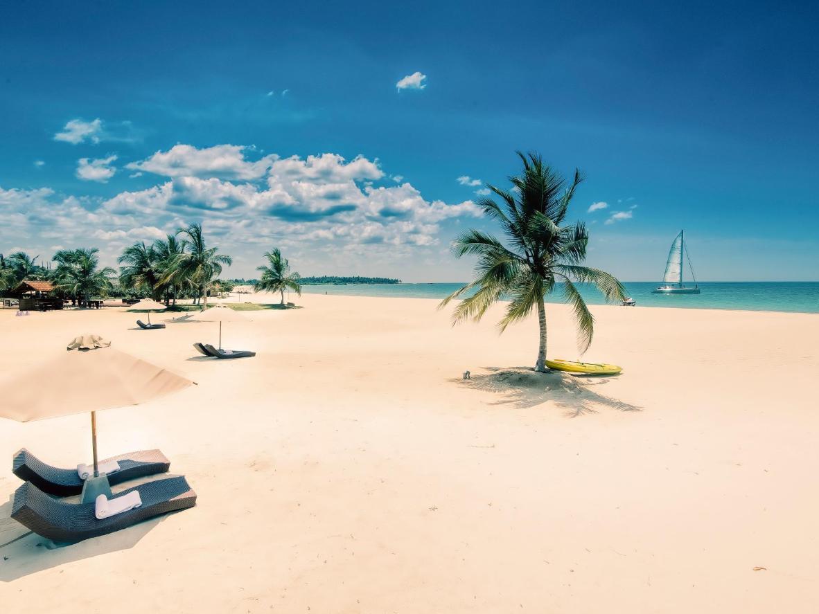 Pasikuda Beach in Sri Lanka