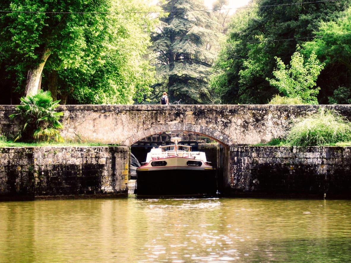 The best destinations for a European barge holiday | Booking.com