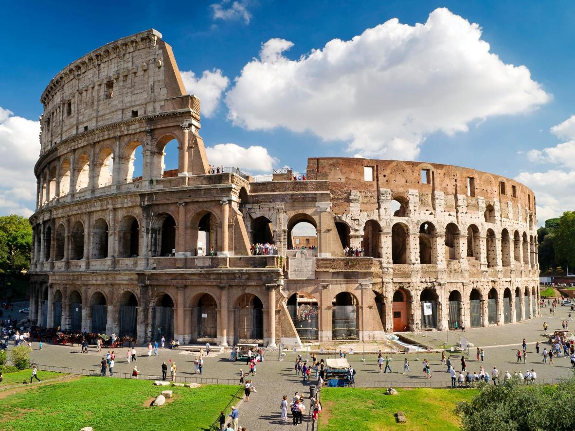 The Most Famous Roman Ruin Of Them All Colosseum In Rome