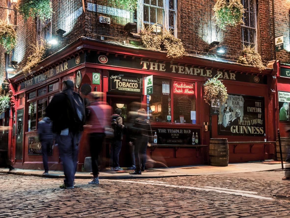 Temple Bar's famous cobbled streets