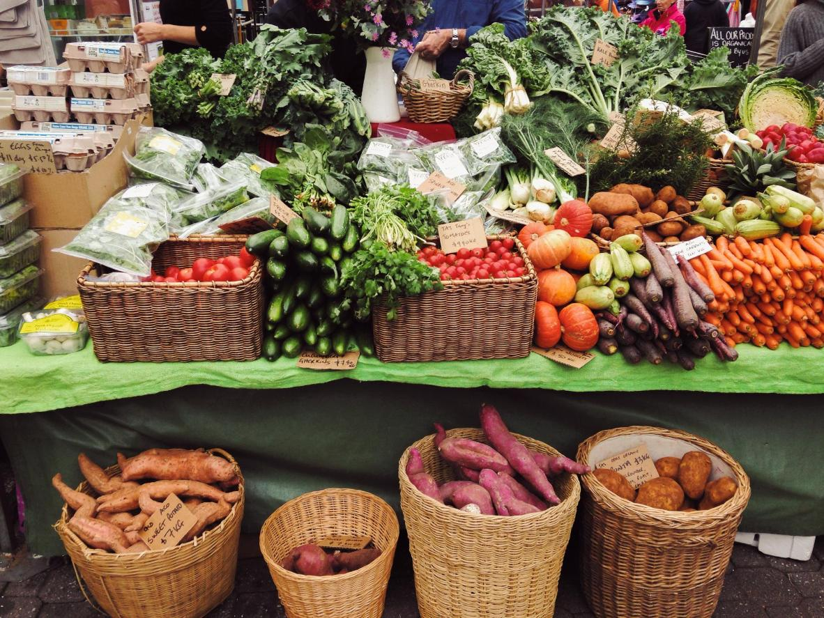 Make the most of the local farms and orchards in Hobart