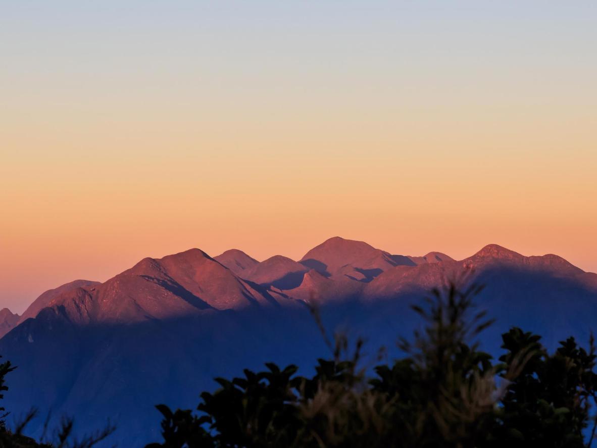 Dawn at the Mantiqueira Mountains
