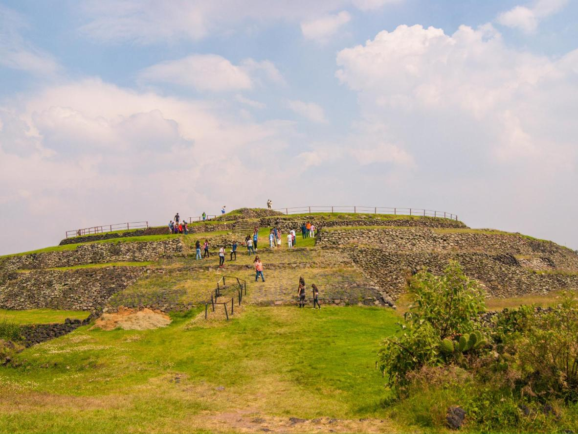 The not-so-famous Cuicuilco pyramid