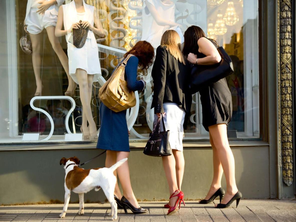 Spend a few hours window shopping in the Via Veneto district