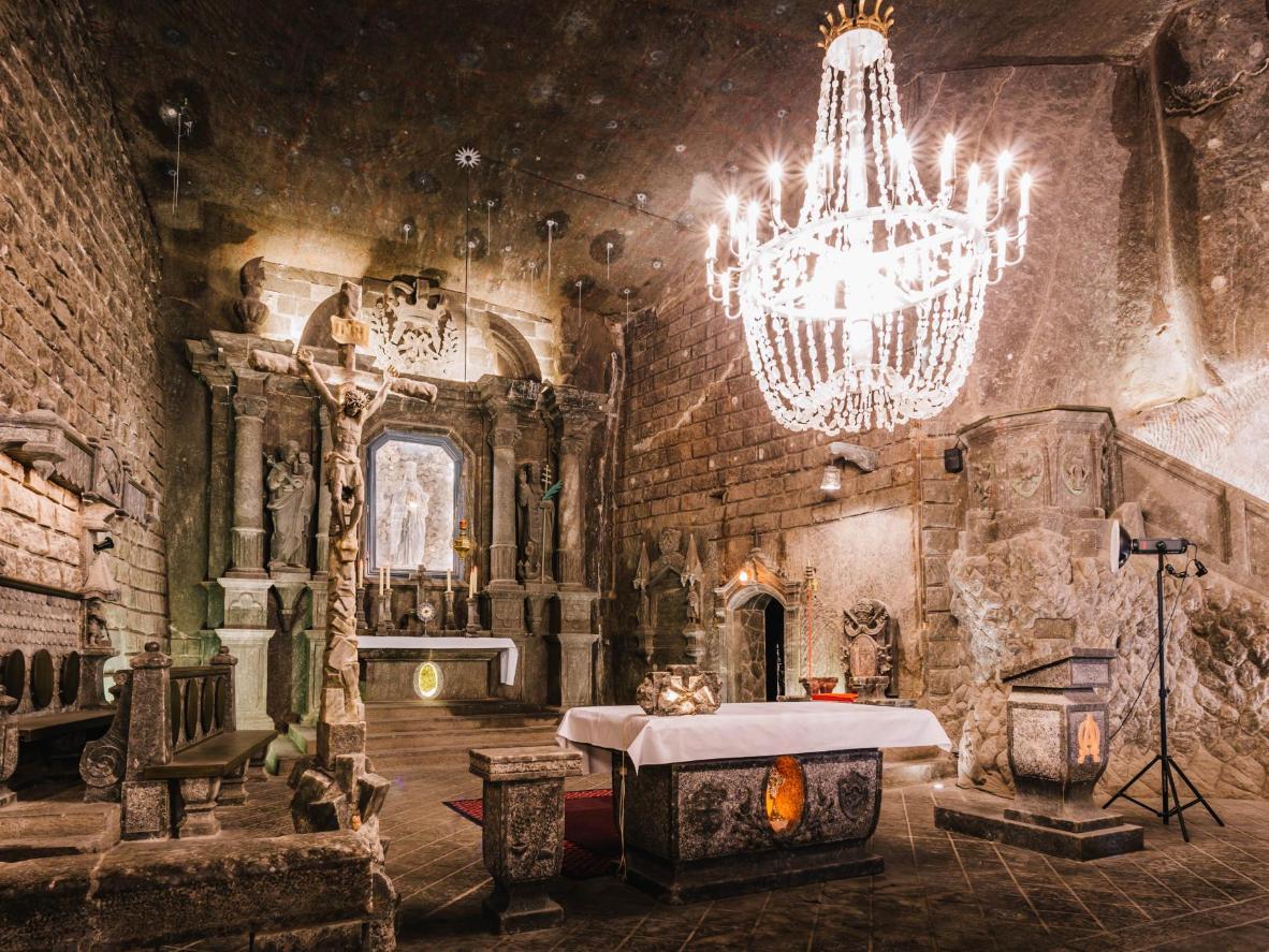 6 astonishing underground attractions | Booking.com