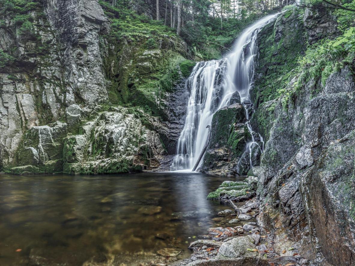 カミエンチクの滝(シュクラルスカ・ポレンバ)