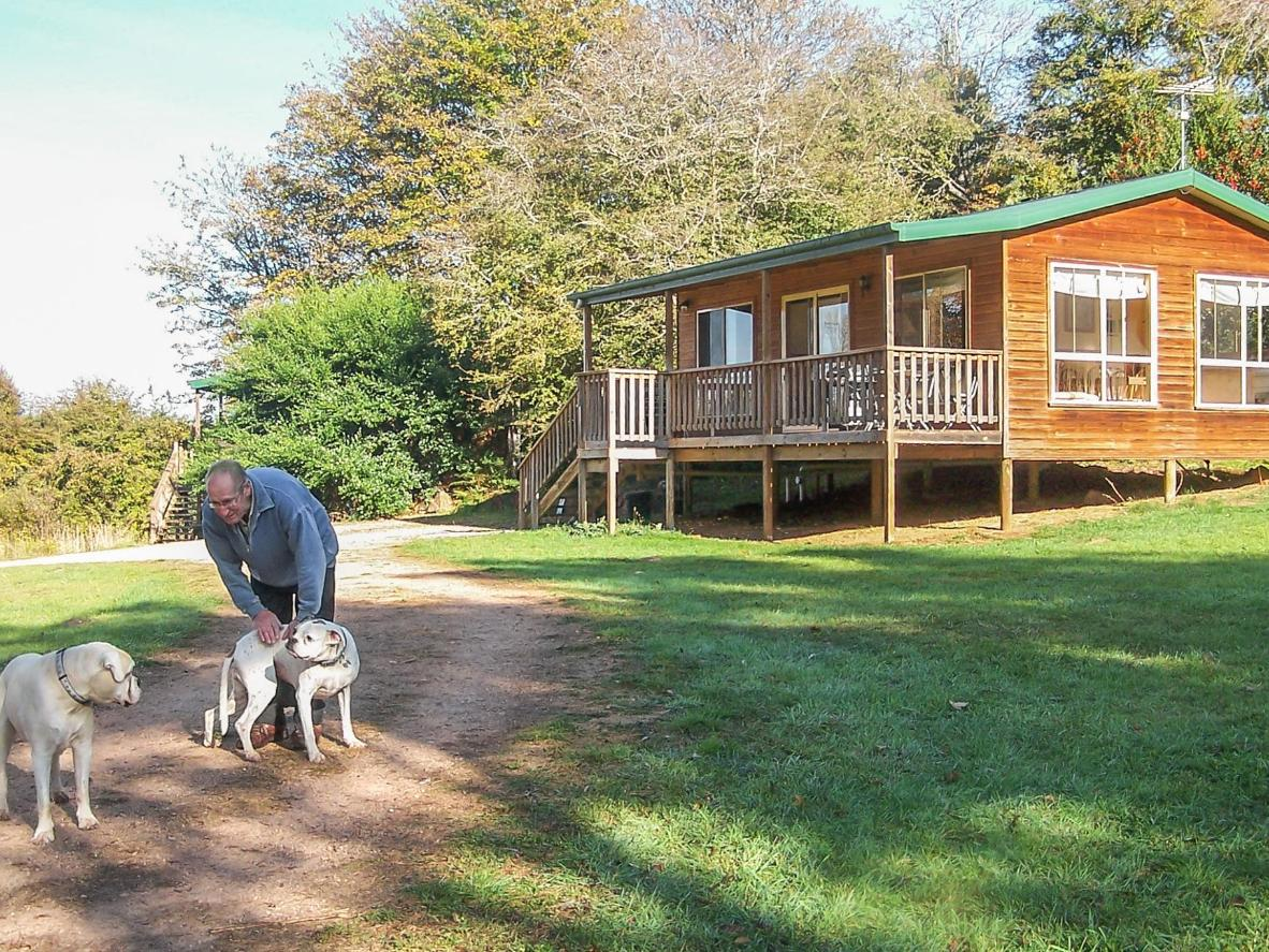 Drumreagh Bed & Breakfast Cabins in Deloraine