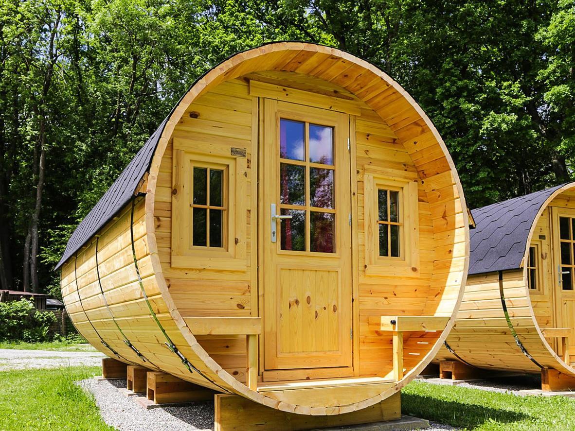 Cabin Deutsch