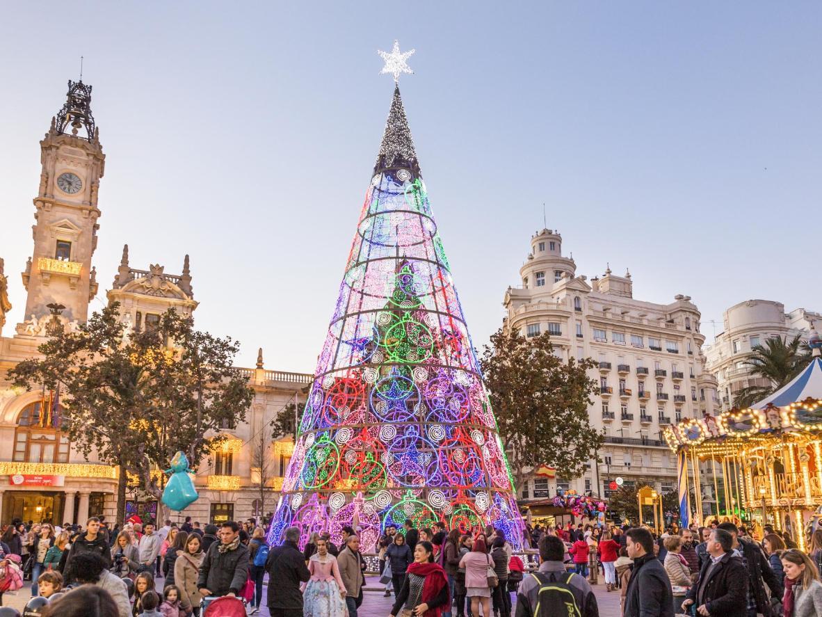 Mercatino di Natale nella Plaza del Ayuntamiento di Valencia