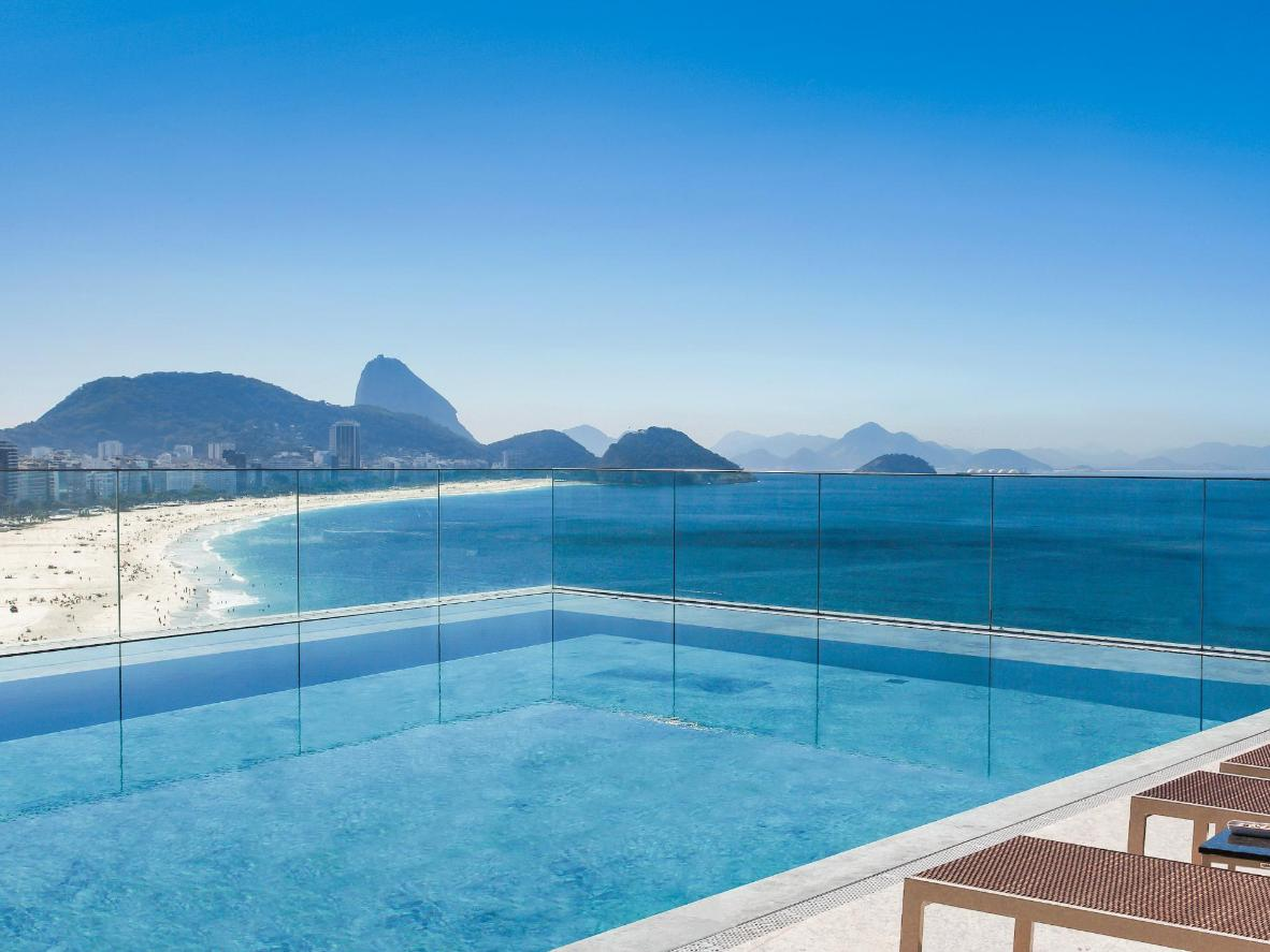 Swim and sunbathe with the silhouette of Sugarloaf Mountain as the backdrop at the Miramar