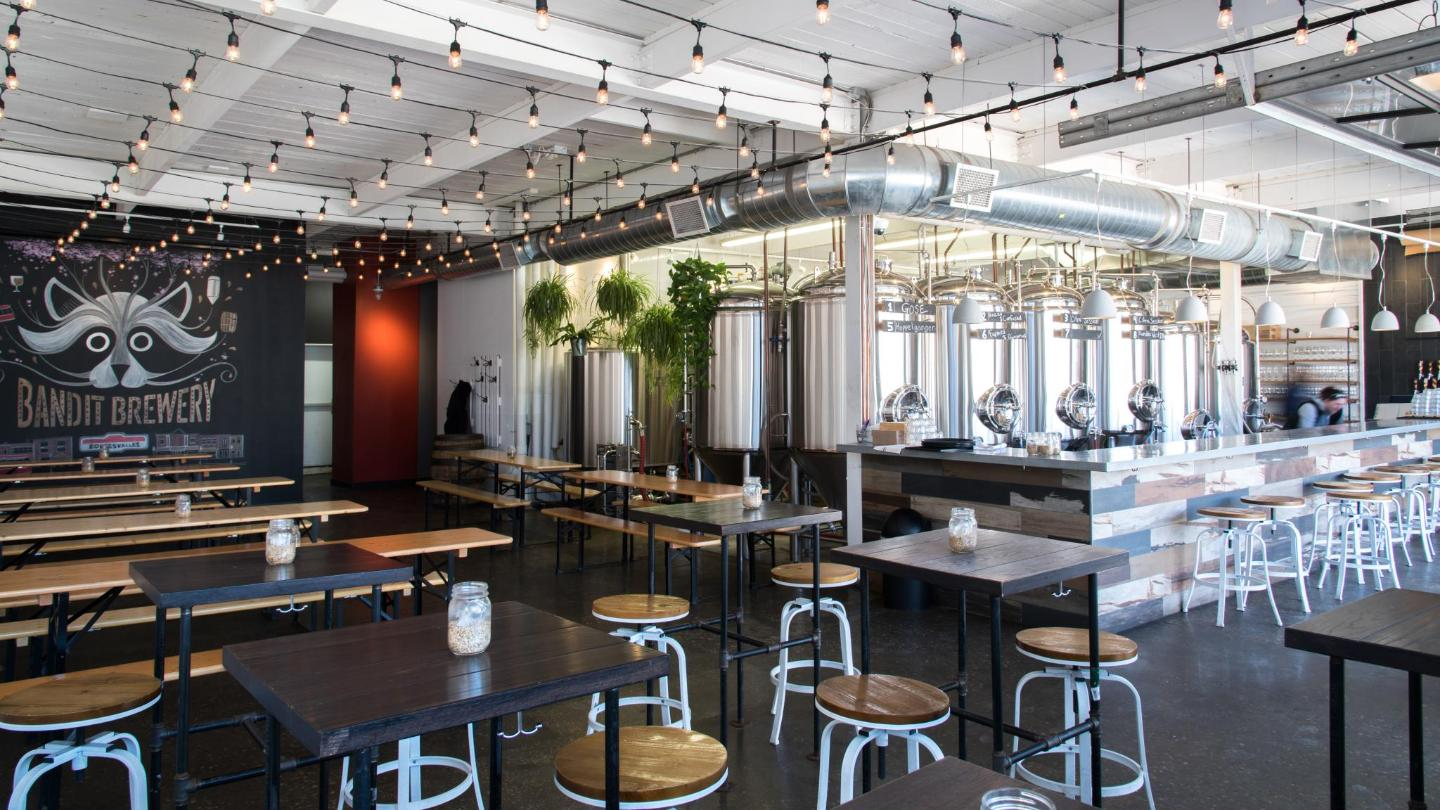 From kale salad to smoked tofu, the kitchen serves dishes to suit every beer