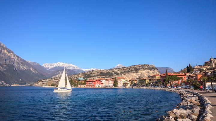 Encuentra el mejor lugar para navegar en Riva del Garda