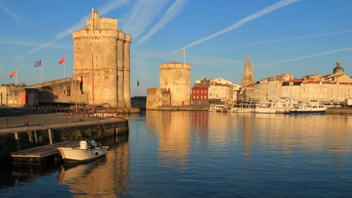 Encuentra el mejor lugar para los puertos en La Rochelle