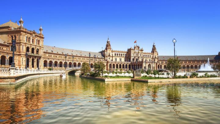 Encuentra el mejor lugar para el clima caluroso en Sevilla