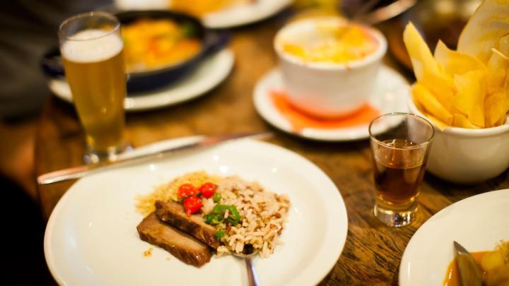 Encuentra el mejor lugar para la comida local en São Paulo