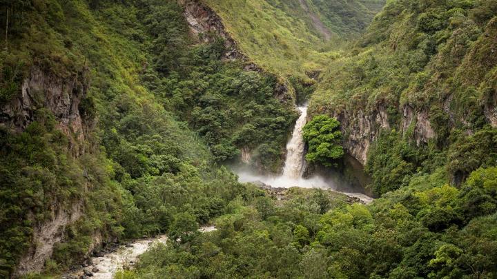 Encuentra el mejor lugar para la aventura en Baños