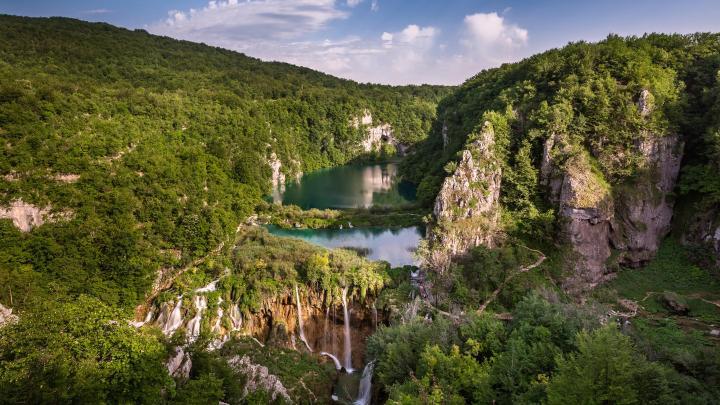 Encuentra el mejor lugar para los bosques bonitos en Lagos de Plitvice