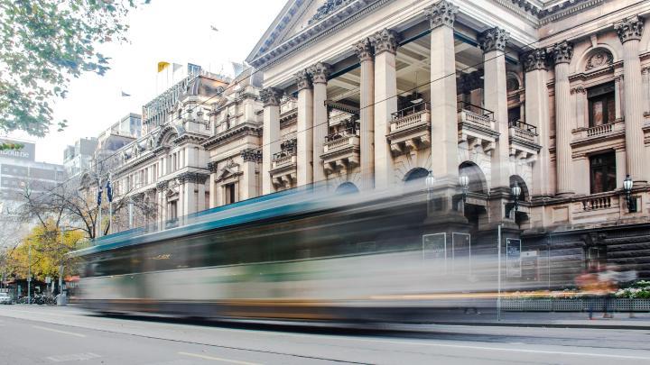 Encuentra el mejor lugar para moverse en transporte público en Melbourne